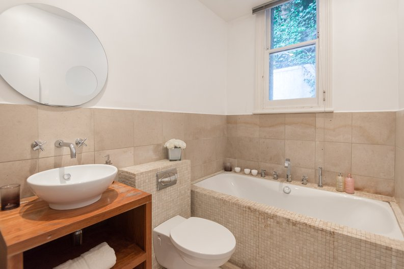 3 bedroom(s) apartment to sale in Bullingham Mansions, Pitt Street, London , Kensington-image 10