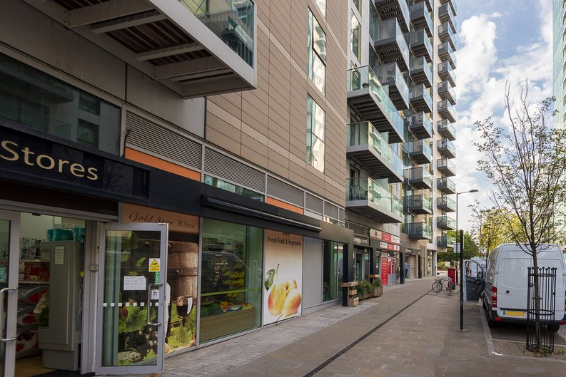 1 bedroom(s) apartment to sale in Goodchild Road, Woodbury Down, London-image 18