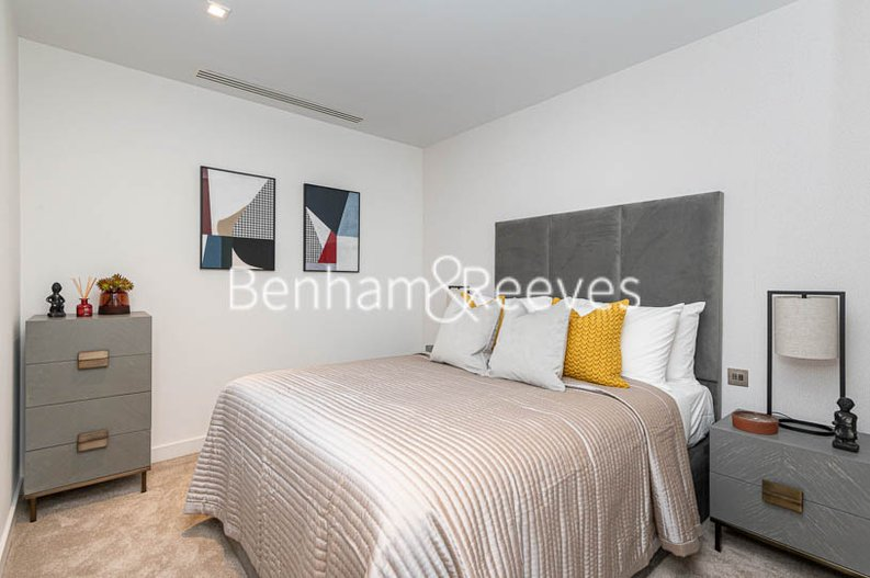1 bedroom(s) apartment to sale in Westmark Tower, Newcastle Place, London-image 2