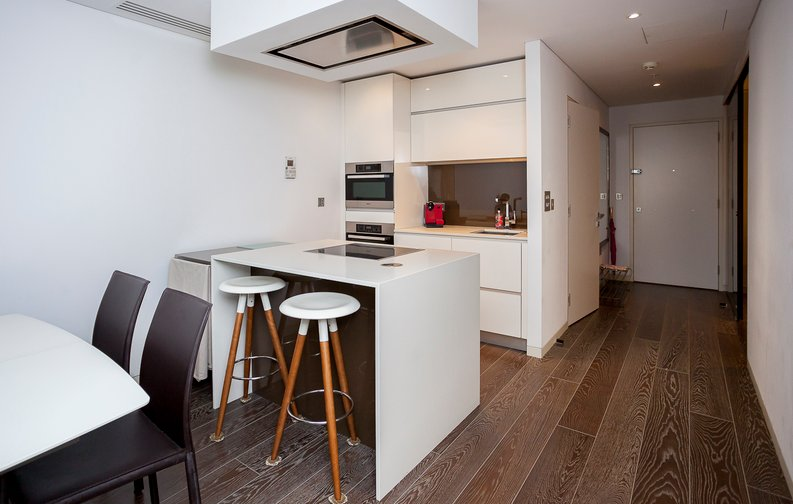 2 bedroom(s) apartment to sale in Marconi House, 335 Strand, London-image 2
