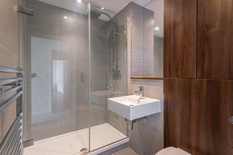 2 bedroom(s) apartment to sale in Goodchild Road, Woodberry Down, London-image 8