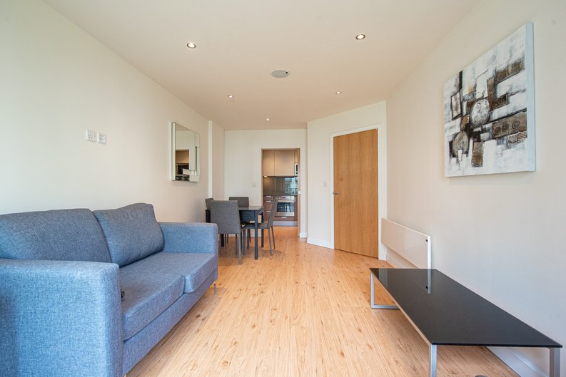 1 bedroom(s) apartment to sale in Heritage Avenue, London-image 1