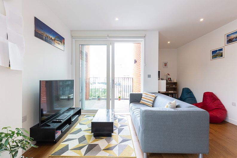 1 bedroom(s) apartment to sale in Reverence House, 8 Lismore Boulevard, Colindale Gardens, Colindale-image 1