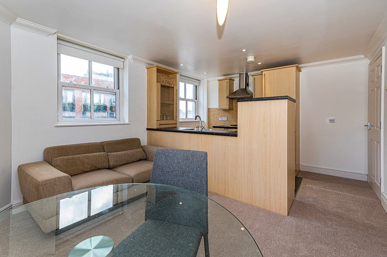 1 bedroom(s) apartment to sale in Earls Court Road, Earls Court, London-image 1