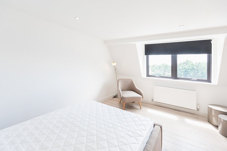 Studio apartment to sale in Prospect House, 67 St John's Road, Hounslow, London-image 7