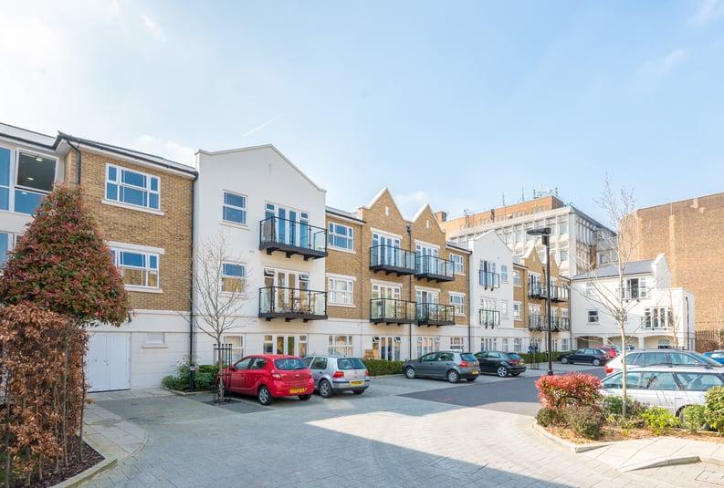 1 bedroom(s) apartment to sale in Havilland Mews, Shepherds Bush, London-image 5