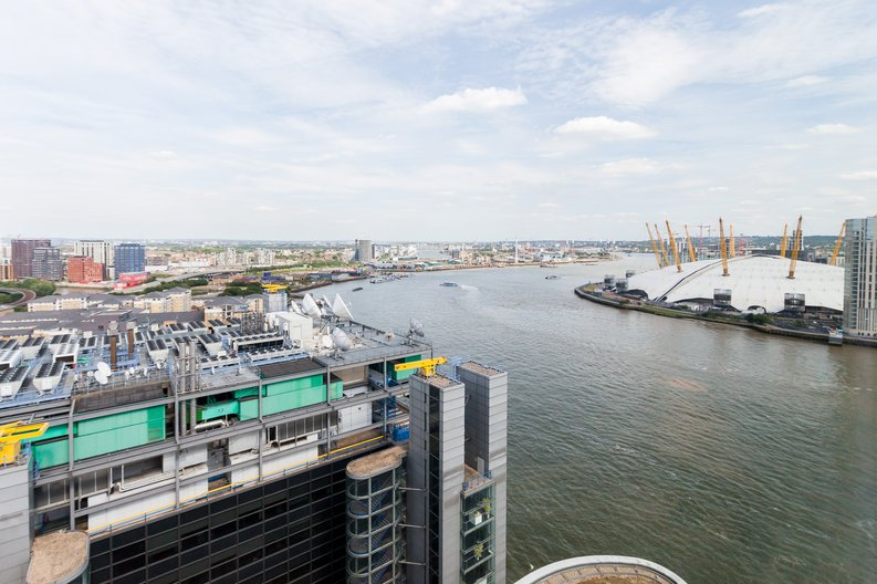 2 bedroom(s) apartment to sale in Ontario Tower, 4 Fairmont Avenue, New Providence Wharf , London-image 9