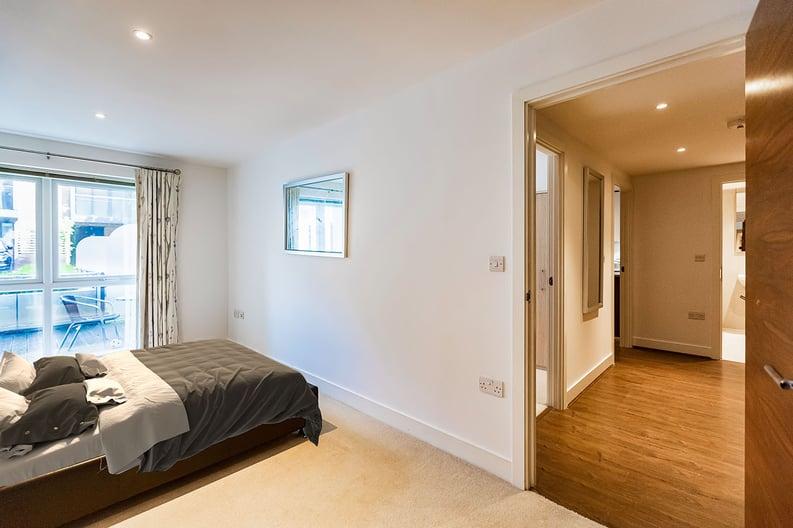 2 bedroom(s) apartment to sale in Napier House, Bromyard Avenue, Napier West, London-image 11