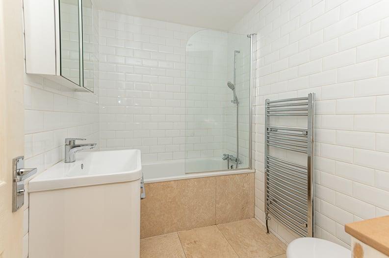 2 bedroom(s) apartment to sale in Elsham Road, West Kensington-image 13