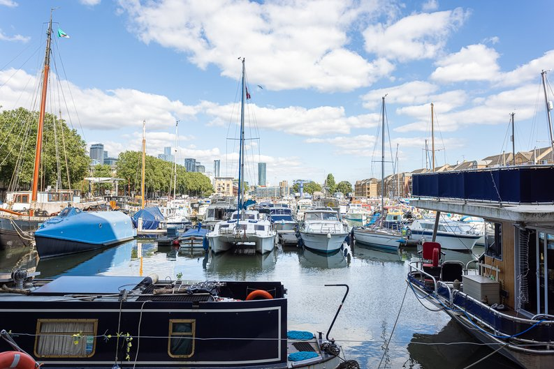 1 bedroom(s) apartment to sale in Ashton Reach, Surrey Quays, London-image 13