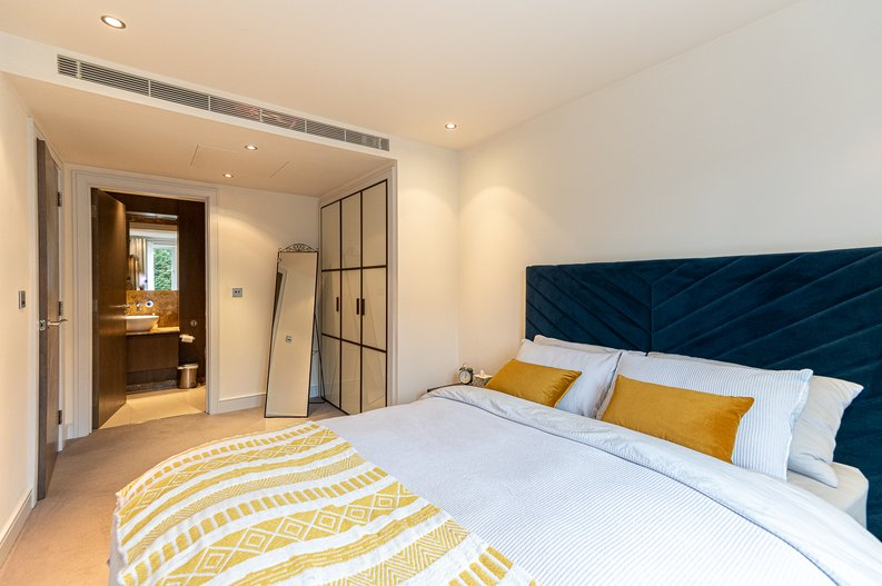 2 bedroom(s) apartment to sale in Doulton House, Park Street, Imperial Wharf, Fulham-image 13