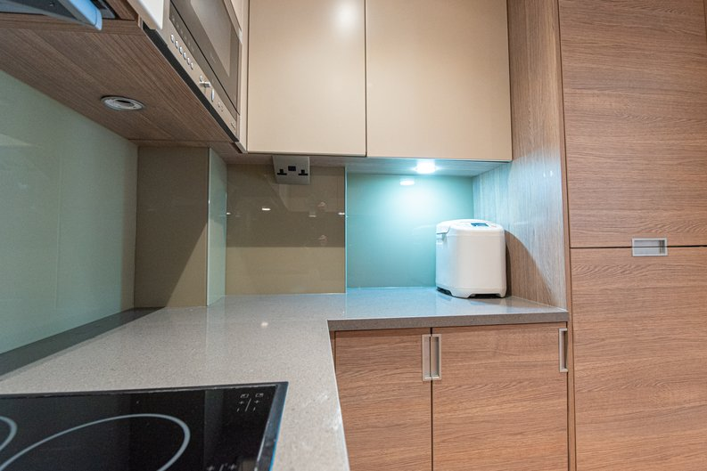 1 bedroom(s) apartment to sale in Heritage Avenue, London-image 6