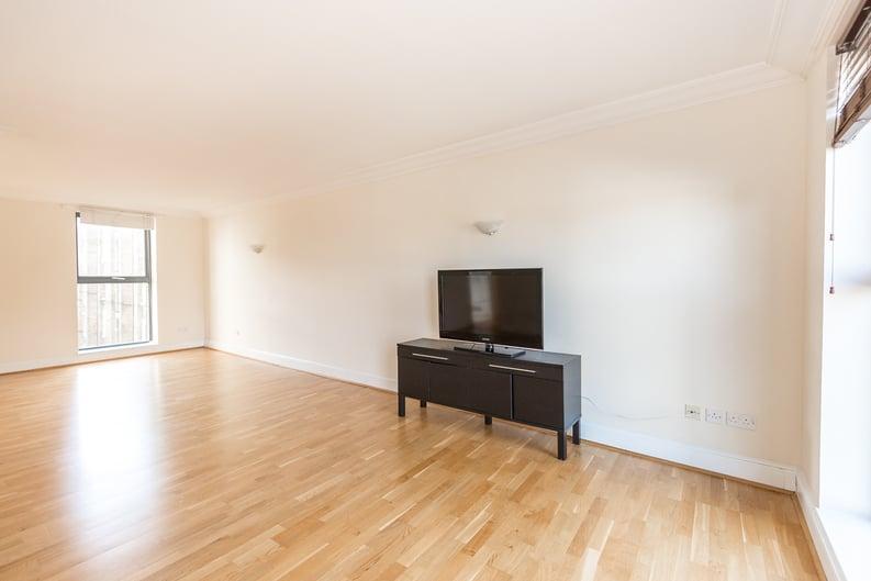 2 bedroom(s) apartment to sale in Chelsea Gate Apartments, 93 Ebury Bridge Road, Sloane Square-image 1