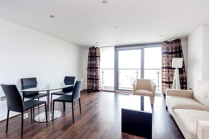 2 bedroom(s) apartment to sale in Craig Tower, Aqua Vista Square, Bow-image 1