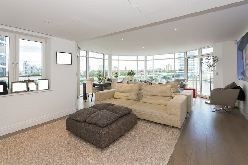 3 bedroom(s) apartment to sale in Riverside Tower , Imperial Wharf , London-image 8