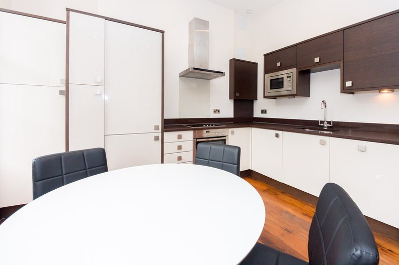 1 bedroom(s) apartment to sale in Grafton Way, Fitzrovia, London-image 4