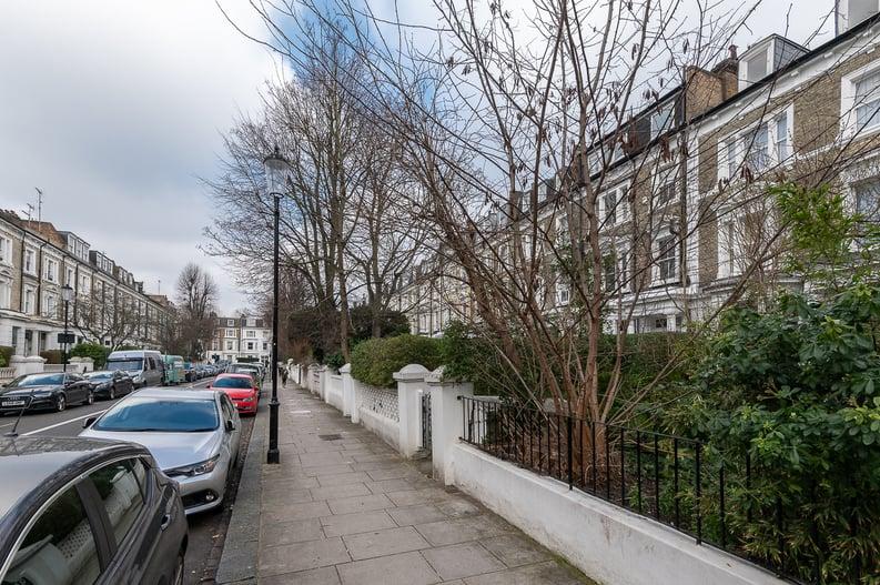 2 bedroom(s) apartment to sale in Elsham Road, West Kensington-image 16