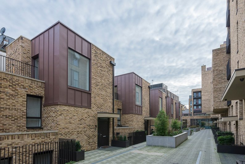 3 bedroom(s) house to sale in Hand Axe Yard, Kings Cross, London-image 6