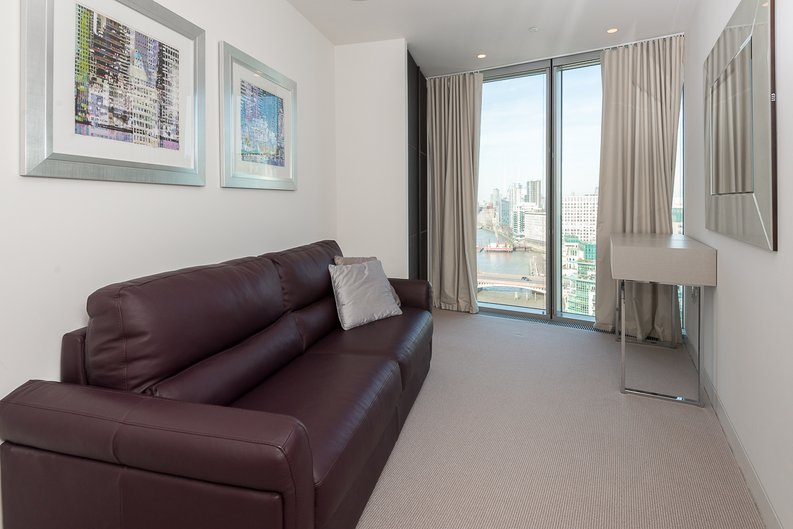 3 bedroom(s) apartment to sale in St George Wharf, Vauxhall, London-image 13
