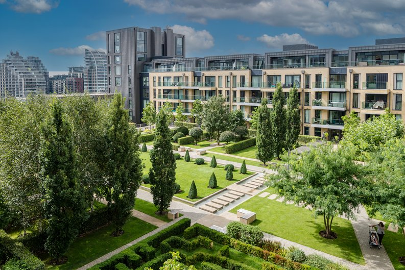 2 bedroom(s) apartment to sale in Westbourne Apartments , Central Avenue, Fulham Riverside, London-image 1