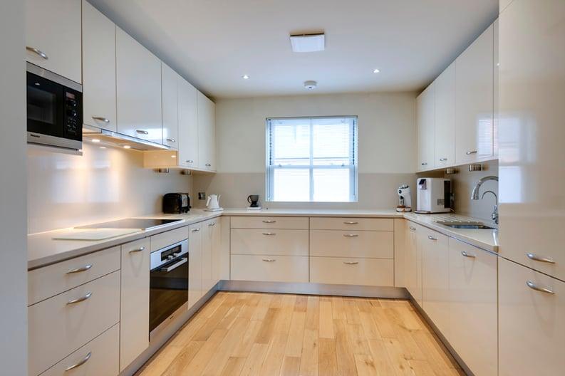 4 bedroom(s) house to sale in Rosemont Road, Hampstead, London-image 5