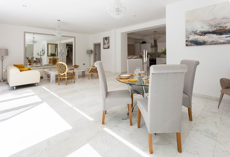 3 bedroom(s) apartment to sale in Montpelier Road, Ealing-image 1