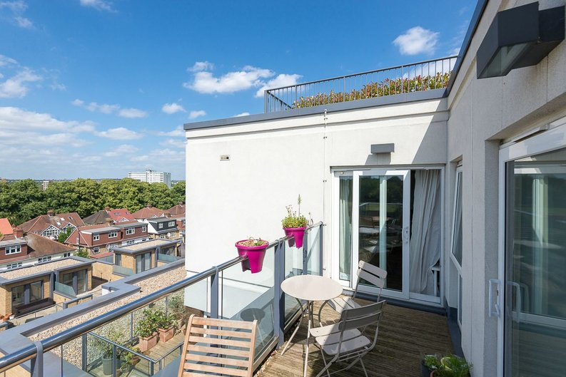 1 bedroom(s) apartment to sale in Napier House, Bromyard Avenue, Acton-image 9