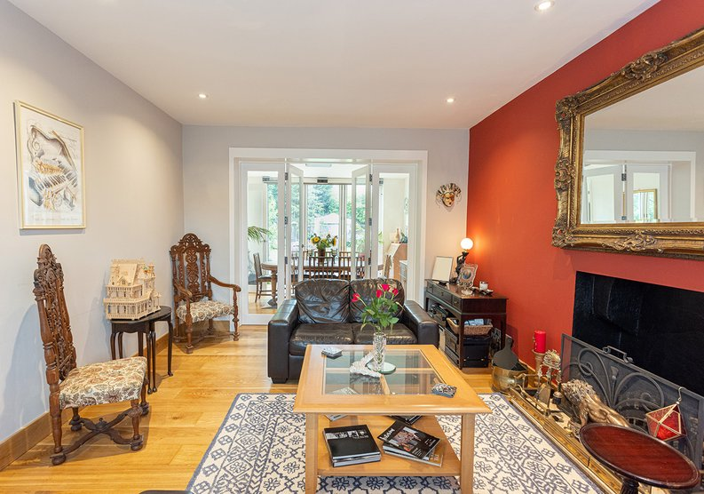 4 bedroom(s) house to sale in Hale Lane, Mill Hill, London-image 46