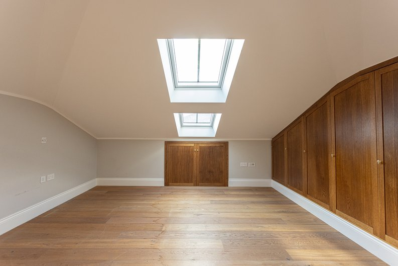 3 bedroom(s) apartment to sale in Greville Road, St. John's Wood Borders, London-image 18