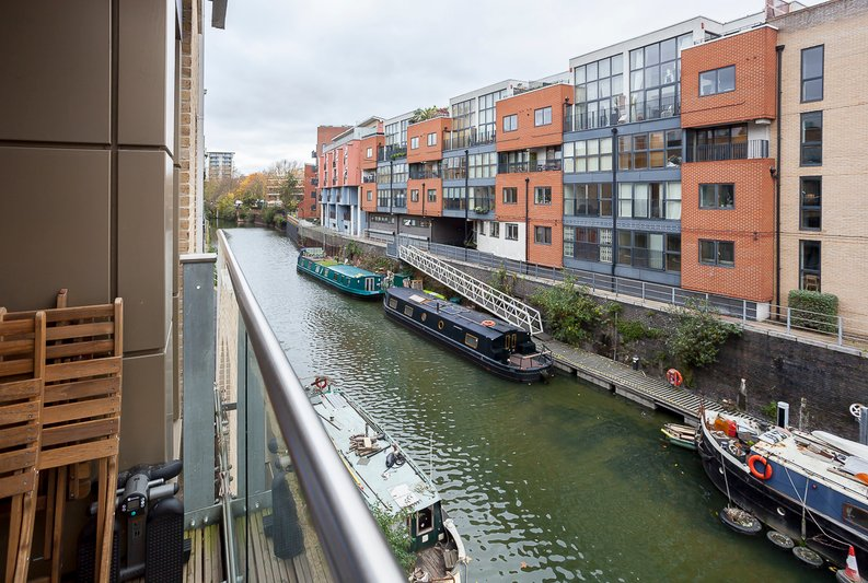 1 bedroom(s) apartment to sale in Slate House, 11 Keymer Place, Limehouse-image 1