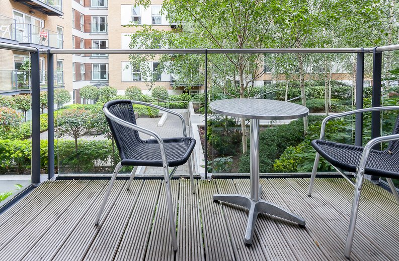 1 bedroom(s) apartment to sale in Napier House, Bromyard Avenue, Acton , London-image 3