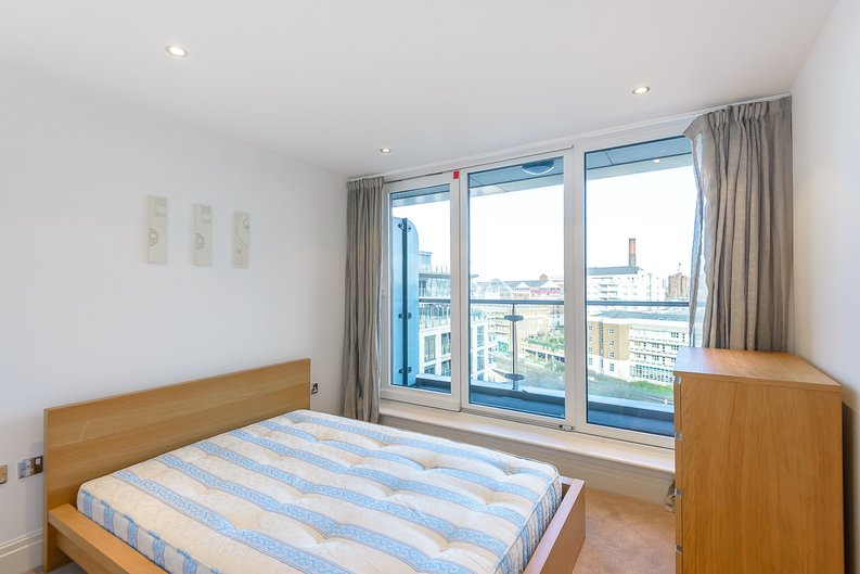 2 bedroom(s) apartment to sale in The Boulevard, Fulham, London-image 5
