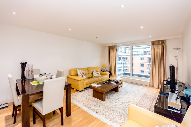 2 bedroom(s) apartment to sale in Aspect Court, Imperial Wharf, London-image 1