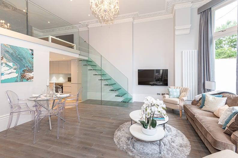 2 bedroom(s) apartment to sale in Belsize Park Gardens, Belsize Park, London-image 1