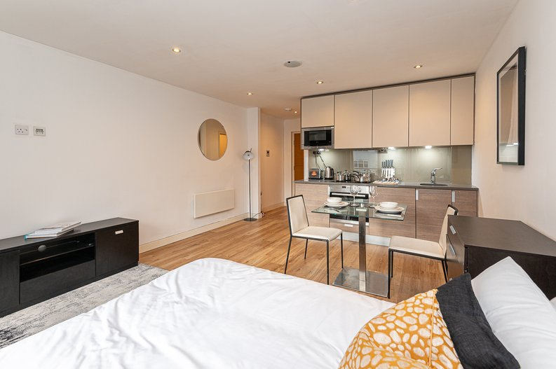 1 bedroom(s) apartment to sale in Croft House, 21 Heritage Avenue, Beaufort Park, Colindale-image 7