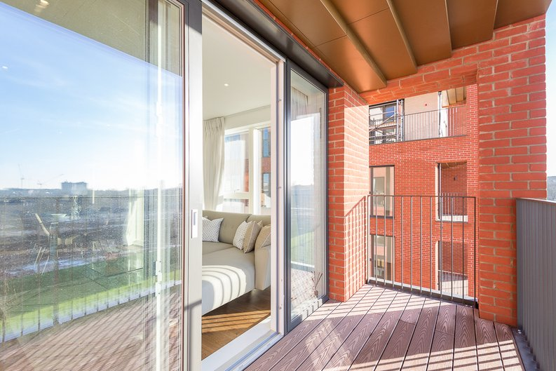 2 bedroom(s) apartment to sale in Reverence House, 8 Lismore Boulevard, Colindale Gardens, Colindale-image 13