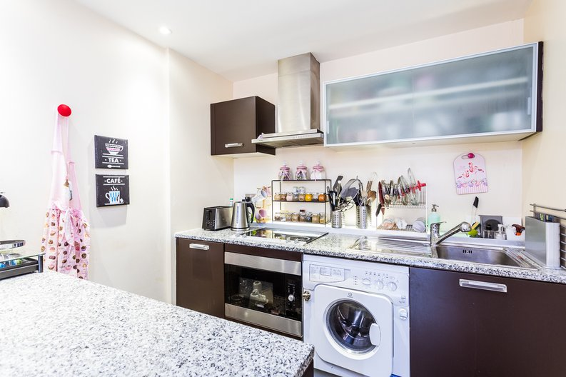 1 bedroom(s) apartment to sale in Peninsula Apartments, Praed Street, London-image 7
