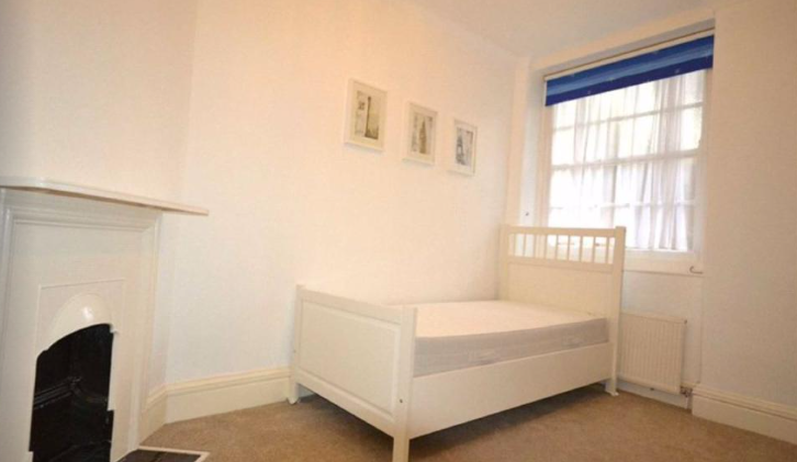 2 bedroom(s) apartment to sale in Grove End House, Grove End Road, St. John's Wood, London-image 9
