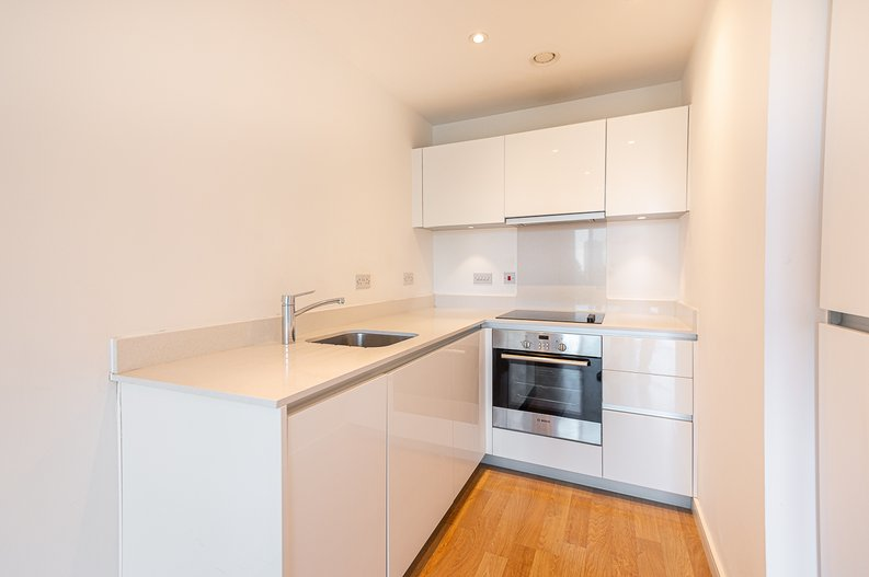 1 bedroom(s) apartment to sale in Goodchild Road, Woodbury Down, London-image 4