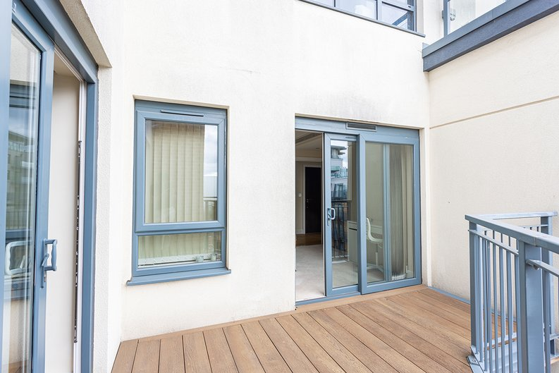 3 bedroom(s) apartment to sale in Boulevard Drive, Colindale, London-image 23