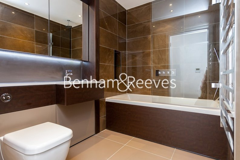 1 bedroom(s) apartment to sale in Heritage Place, Greater London, Brentford-image 4