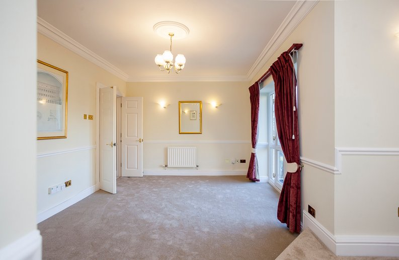 2 bedroom(s) apartment to sale in Trinity Church Road, London-image 13