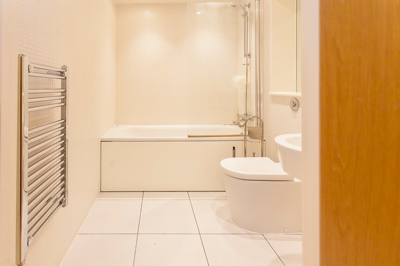 2 bedroom(s) apartment to sale in Denison House, Lanterns Court, Canary Wharf-image 10