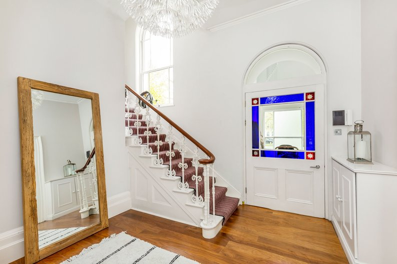 2 bedroom(s) apartment to sale in The Green, Surrey, Richmond-image 21