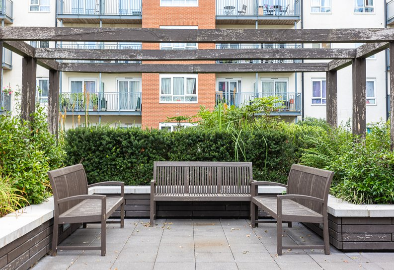 Studio apartment to sale in East Drive, Colindale, London-image 18