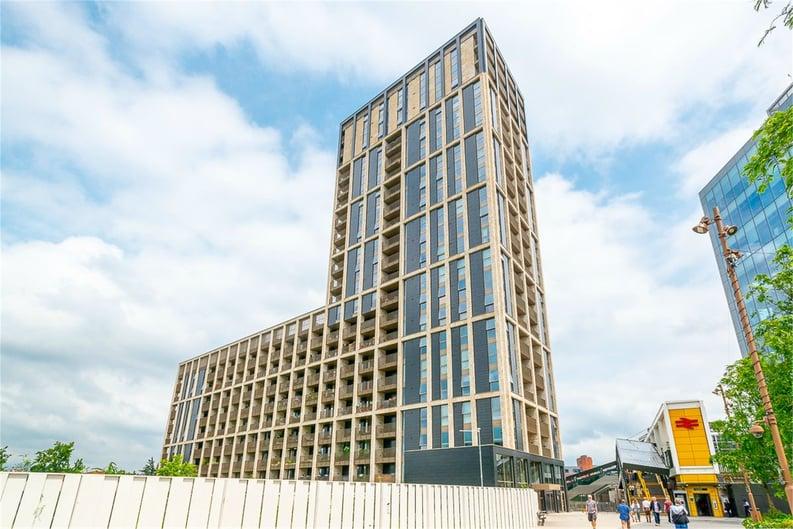 2 bedroom(s) apartment to sale in Vita Apartments, 1 Caithness Walk, Surrey, Croydon-image 8
