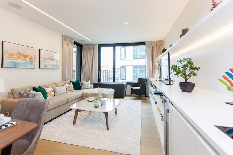 1 bedroom(s) apartment to sale in Rathbone Place, Fitzrovia-image 1