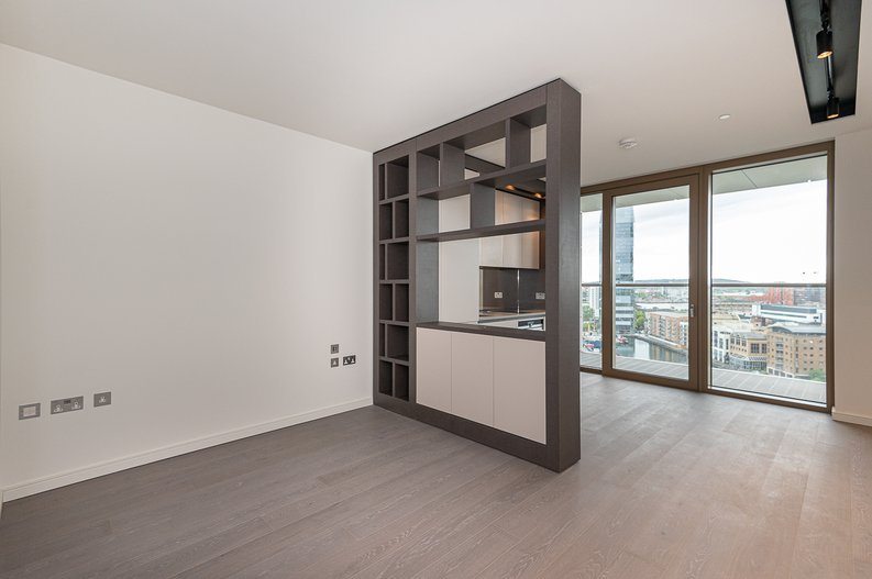 Studio apartment to sale in One Park Drive, Canary Wharf, London-image 8