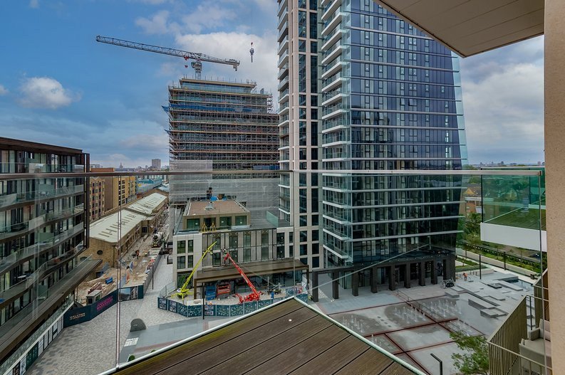 2 bedroom(s) apartment to sale in Vaughan Way, St Katherine's & Wapping, London-image 10
