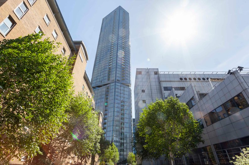 1 bedroom(s) apartment to sale in The Madison, Marsh Wall, Canary Wharf-image 3